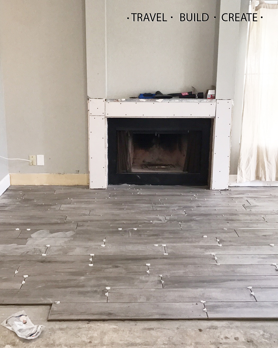 Diy fireplace surround and built in bookshelves since every house is slightly different there wasnt a perfect tutorial out there that told me exactly how and what to build but there were a couple that solutioingenieria Choice Image